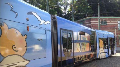 Després del tren i l'avió, ara tenim el tramvia tintinaire