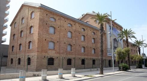 ICULT  edificio CACI Badalona museo del comic  Al copyright poseu   FICOMIC